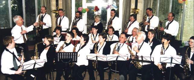 Cadbury Saxophone Band, Christmas 2000